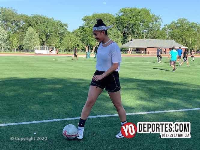 Sofia Zapata ya entrena para regresar después de la cuarentena en Chicago